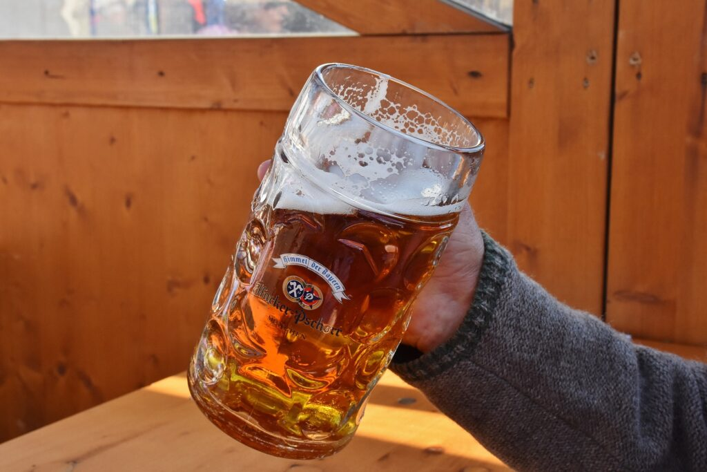 1  liter glass of beer